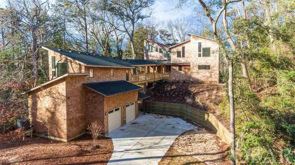 46 Hickory Trail